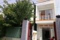 Nhà Tân Phú q9 1 lầu 1 trệt DT nhà 74m2 giá 2tỷ 550tr, sổ hồng riêng, đường ô tô và có sân đậu xh