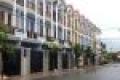 Thua độ cần bán gấp căn nhà phố tại Hóc Môn. 1 trệt 2 lầu, DT 5x12m, SHR giá chỉ 1.1 tỷ liền kề q12