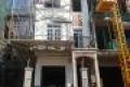 Cần bán nhà phố mặt tiền Phạm Văn Đồng, Cách TTTM Vincom 100m, giá 8,5 tỷ, 102m2. LH 0913.65.67.38