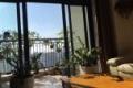 Bán CCCC Royal city 133 mét siêu rẻ đẹp, full nội thất. Hướng Đông Bắc, 2 phòng ngủ đều có cửa sổ. SĐCC, bao sang tên. Liên hệ chị Lan: 0902100014