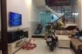 Cho thuê nhà 2 tầng mặt tiền đường Nguyễn Khắc Cần, nhà kiên cố, vào ở ngay, giá 13 triệu/tháng