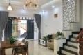 Nợ ngân hàng cần bán gấp căn hộ MT đường Nguyễn Thông, P7, Q3. DT: 5.1m x 16m. Giá 3.8 Tỷ