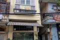 Gia đình muốn bán gấp nhà mặt đường hồ Kim Liên, Đống Đa, Hà Nội hướng Đông Nam.