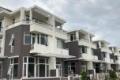 Rổ hàng chính chủ BT 7,4x18m (9,9 tỷ) nhà phố 5,4x20m (8,9 tỷ) căn thương mại 2 MT 7x15m), 11 tỷ