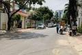 Bán gấp nhà 5 lầu mặt tiền đường Huỳnh Lan Khanh Q.Tân Bình, Diên tích 15x16m