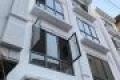 Bán nhà phân lô cạnh Royal City, giá chỉ 95tr/m2. Ngõ thông thoáng. 35m2, 4T, MT 5m.