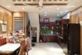 Cần bán nhà phố đẹp về ở luôn, ngay sát chợ Hoàng Văn Thái. Giá 2.95 tỷ