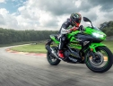 Chi tiết Kawasaki Ninja 400 2018, đối thủ KTM RC 390