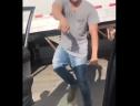 Trào lưu nhảy khỏi xe đang chạy và nhảy múa giữa đường phố là cực kỳ nguy hiểm