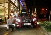 """Mercedes-Benz tung """"hàng độc"""" chinh phục Tây Tạng và Everest"""