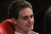 """CEO Snapchat dự báo Facebook sẽ """"vỡ trận"""" như Yahoo!"""