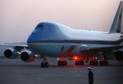 Boeing, SoftBank, Carrier,... khốn đốn vì dòng tweet của ông Trump