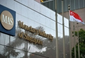 Singapore phạt hai ngân hàng của Anh dính líu đến Quỹ 1MDB