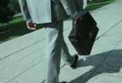 Cứ gì phải kinh doanh mới kiếm nhiều tiền? Có những cách cũng giúp bạn trở nên giàu có