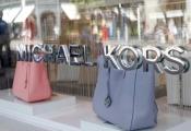 Michael Kors thâu tóm hãng giày hiệu Jimmy Choo
