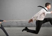 Nghệ thuật thu phục nhân tài của sếp giỏi: Quản lý tích cực và tạo cơ hội để nhân viên làm việc hết mình