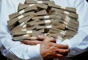 Khi về già, bạn lo lắng về tiền, còn giới siêu giàu quan tâm cái gì?