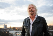 Tỷ phú chơi ngông Richard Branson: Đừng tốn thời gian hòa đồng với đám đông