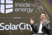 Tesla gặp vấn đề với mảng kinh doanh năng lượng mặt trời