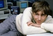 Bill Gates làm gì đầu tiên sau khi có 350 triệu USD nhờ Microsoft IPO 32 năm trước?