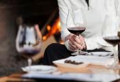 Nhà hàng Anh phục vụ nhầm chai rượu hàng nghìn USD cho khách