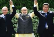 Trung Quốc lôi kéo Nga, Ấn Độ lập hệ thống thương mại đối đầu Mỹ