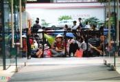 Người Việt xếp hàng ở Singapore được mua 6 chiếc iPhone 11