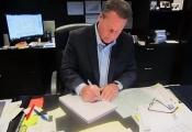CEO mỗi năm viết 9.200 thiệp mừng sinh nhật nhân viên