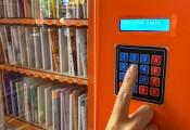 ATM sách miễn phí đầu tiên tại Hà Nội đã sẵn sàng 'nhả sách'