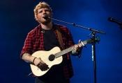 Ca sĩ 'Shape of You' có thể trở thành tỷ phú USD trước tuổi 30