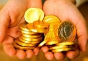 Điểm tin sáng: Giá vàng bỗng dưng lại lao dốc, dầu thô tăng giá