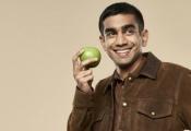 Máy chấm thi ra đời từ trải nghiệm chấm bài vất vả của thầy giáo gốc Ấn