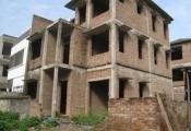 Hà Nội có hơn 1.600 biệt thự bỏ hoang, nhà siêu méo