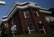 Giá nhà ở Mỹ tiếp tục tăng, lòng tin tiêu dùng giảm