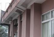 Nhà cư N2D Trung Hòa - Nhân Chính: Xuống cấp trầm trọng!