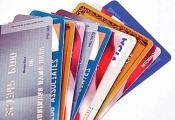 Thẻ ATM dễ mở, dễ bị lợi dụng