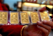 Giá vàng hôm nay 1612: Tụt giảm, bán tháo - chấn động Donald Trump