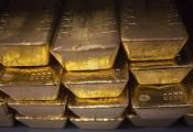 Giá vàng cuối tuần ảm đạm, rời xa mốc 37 triệu
