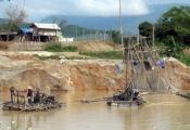 Khai thác cát sỏi trái phép: Thất thu ngân sách do quản lý bất cập