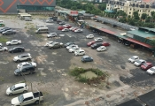 Dân náo loạn vì bãi đỗ xe lớn nhất Linh Đàm bị đóng cửa