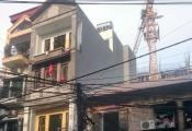 Hà Nội: Người dân kêu cứu vì sợ sập nhà