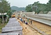 Hà Tĩnh: Dân cản trở thi công vì nhà thầu làm nứt nhà dân