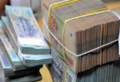 Lãi suất tiền gửi tăng giảm trái chiều