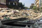 """Hà Nội: Người dân khổ sở vì dự án """"ì ạch"""" gây ô nhiễm môi trường"""