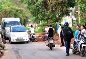 Ô tô lũ lượt né Trạm BOT Biên Hòa qua tuyến đường thôn D02