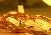 Giá vàng giảm gần 200.000 đồnglượng vào cuối tuần