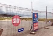 Người dân bức xúc vì dự án Lancaster Nam O Resort rào chắn đường ra biển
