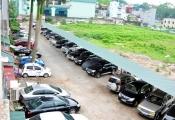 """Bất động sản 24h: Hà Nội - cư dân và chính quyền """"giằng co"""" với bãi xe lậu"""