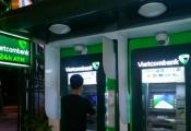 """Ngân hàng cần """"chú ý"""" khi làm thẻ ATM cho người khuyết tật"""