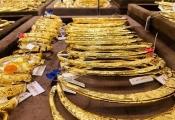 Điểm tin sáng: Giá vàng tăng nhẹ chờ quyết định của FED